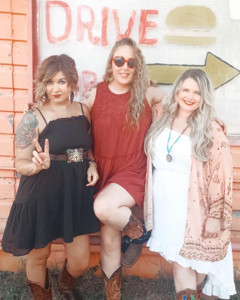 Sweet Mother Texas - Brenda, Lyndsey, and Melanie